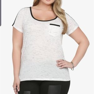 Torrid two tone speckled top size 5